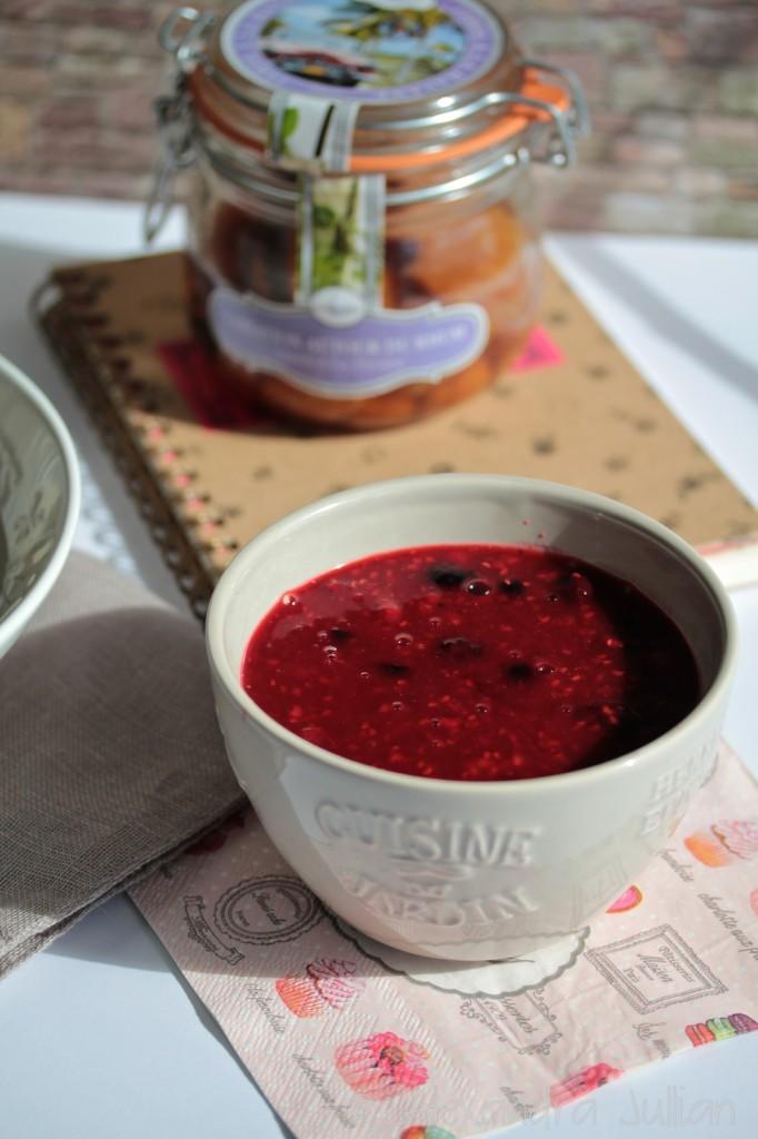 Riz au lait et coulis de fruits de rouges