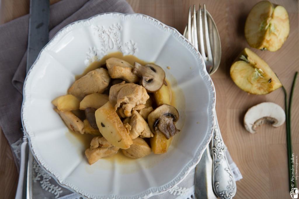 Cocotte de volaille aux pommes caramélisées